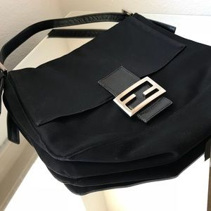 FENDI Vintage Black Shoulder Bag